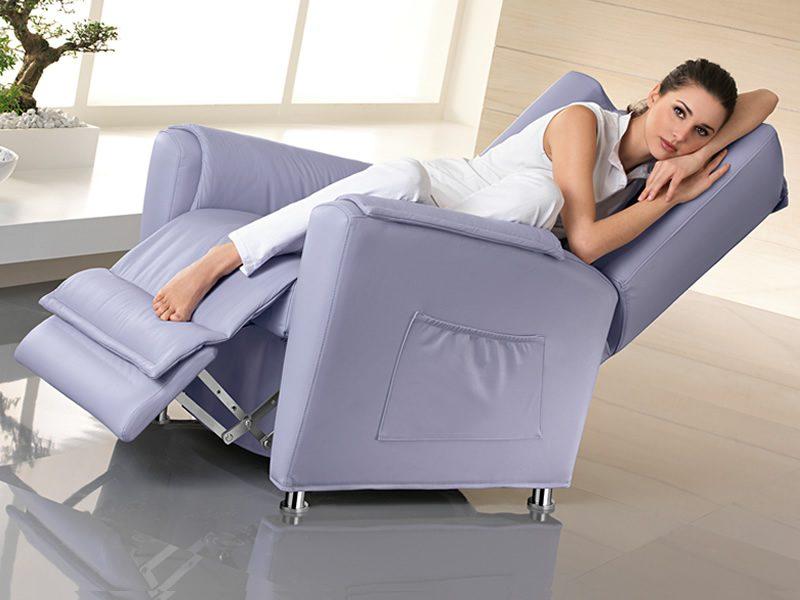 Sill n relax de estilo cl sico im genes y fotos - Sofas y sillones relax ...